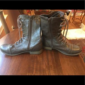 American Eagle brown lace-up combat boots, Sz 10